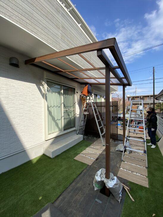 屋根があるとお庭が変わる