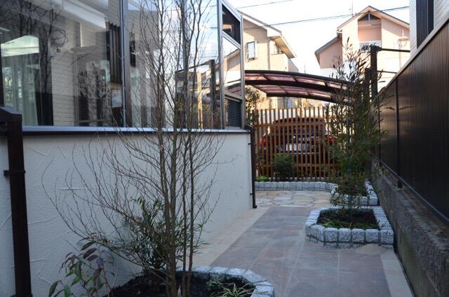 [ココマの事例で見る] ガーデンルームをお庭に取り入れるコツとは